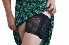 Making your insulin pump sexy! This garter with a pocket is perfect for a night out or really anytime you are wearing a skirt and need a pocket for your pump. Type 1 diabetes is tough-- let us help. Garter pocket-insulin pump pocket-black pocket garter.jpg