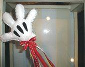 Minnie Mouse Glove idea