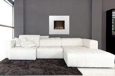 Faber Nissum Wit Hoogglans - Tijdloze wandhaard in wit hoogglans met waterdamp en halogeen. Couch, Furniture, Home Decor, Ideas, Settee, Decoration Home, Sofa, Room Decor, Home Furnishings
