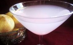 Candy Cane Christmas Martini--for the Core Christmas Party?  @Terri Osborne McElwee McGuire