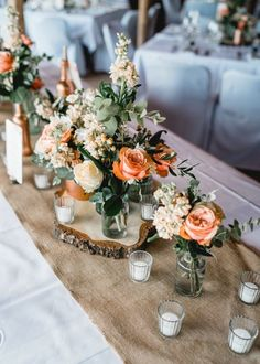 Table decoration in peach and cream How to Obtain the Bride Arrangement and Groom Boutonniere Summer Wedding Decorations, Winter Wedding Colors, Boho Wedding, Wedding Blog, Wedding Ideas, Wedding Flowers, Blue Weddings, Winter Weddings, Rustic Weddings