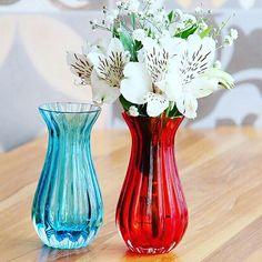 Os nossos vasinhos de murano seguem fazendo o maior sucesso! E você não pode deixar de ter o seu! Ah, além de lindos, são ótimas opções para presente! Para comprar, acesse: www.diorsidecor.com.br WhatsApp (12) 9 9715 2022