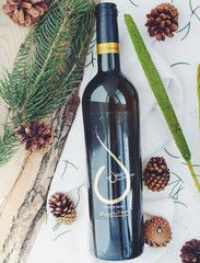 "Kechris ""Tear of the Pine"" Retsina Thessaloniki, Dionysus, Wine Rack, Red Wine, Pine, Alcoholic Drinks, Glass, Pine Tree, Bottle Rack"