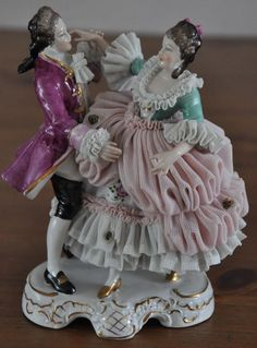 Beautiful Dresden Lace Porcelain Figurine, Dancing Couple, Germany.