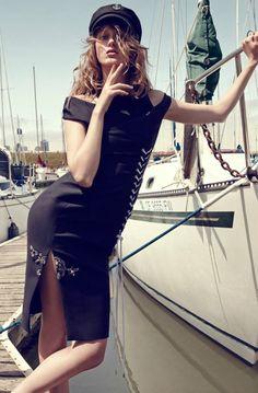nautical sailor fashion Tess Hellfeuer in Nautical Style for Marie Claire Italia by Nagi Sakai Yacht Fashion, Boat Fashion, Nautical Fashion, Fashion Shoot, Editorial Fashion, Nautical Style, Sailor Fashion, Autumn Fashion, Fashion Photography