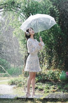 favd_idolsgeneration-May 11 2017 at Iu Fashion, Korean Fashion, Korean Beauty, Asian Beauty, Cute Korean Girl, Korean Actresses, Korean Model, Korean Singer, Queen