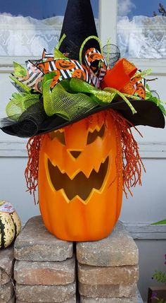 Love this CUTE decorated pumpkin by Lynn Majors Hayward. This is one of the winners in Show & Tell Tuesday! Join us here! https://www.facebook.com/nancyladybugwreaths/