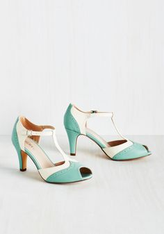 Going to Gait Lengths Heel in Seaglass. Youll want to extend the duration of your amble when you strap your feet into these Chelsea Crew peep toes! #green #wedding #modcloth