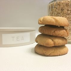 Cookies Et Biscuits, Bread, Vegan, Food, Drizzle Cake, Recipes, Breads, Baking, Meals