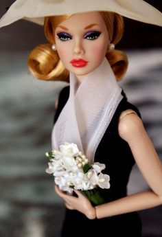 Fashion Royalty by Integrity Toys flowers Poppy Parker