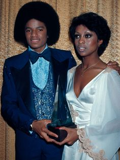 Lola Falana - Septmeber 11 #MichaelJackson & #LolaFalana at the 1977 #AmericanMusicAwards.