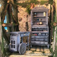 Fairy Treehouse #dollhouse #miniatures #fairygardens #fairytreehouse #miniaturetreehouse #miniaturegarden #dollhouseminiature #puppenhaus #poppenhuis #miniaturen #alittlemoreminis @alittlemoreminis Fairy Tree Houses, Fairy Furniture, Treehouse, Fashion Dolls, Dollhouse Miniatures, Minis, Garden Ideas, Photo And Video, Pictures