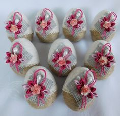 allegro Plastic Easter Eggs, Easter Egg Crafts, Easter Projects, Disney Diy Crafts, Diy Crafts Hacks, Quilling Paper Craft, Easter Crochet, Egg Art, Shell Crafts