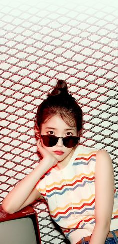 Iu Fashion, Korean Fashion, Kpop Girl Groups, Kpop Girls, Aesthetic Girl, Kpop Aesthetic, Korean People, Korean Actresses, Cute Woman