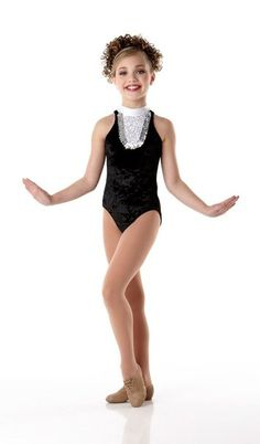 This is totally something I think should be my costume for my solo!! Also with a black tootoo! Love it