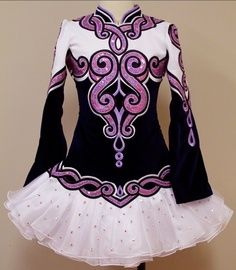 Good: design, silhouette, mandarin collar    Not as good: color (preferably purple or blue)