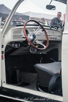 Volkswagen Beetle Vintage, Hot Vw, Vw Engine, Custom Chevy Trucks, Vw Classic, Car Upholstery, Vw Cars, Vw Beetles, Porsche