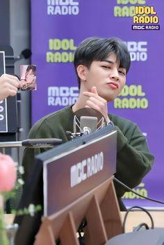 Bobby, Ikon Songs, Name Songs, Public Service Announcement, Fandom, Kim Hanbin, Hip Hop And R&b, Poses, Yg Entertainment