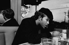 Tom Waits at a cafe in Dallas, Texas (circa 1976). Image: Philip Gould/Corbis