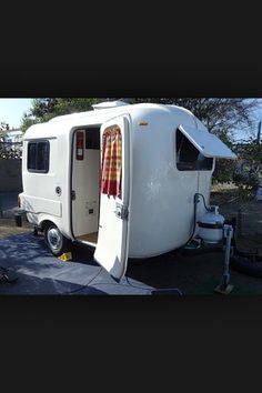 Love This Little Chrome Beauty Trailer Retro Uhaul Funky Amp Vintage Rv S And Campers