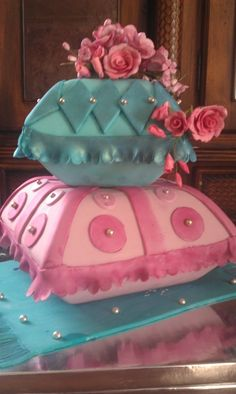 always loved pillow cakes