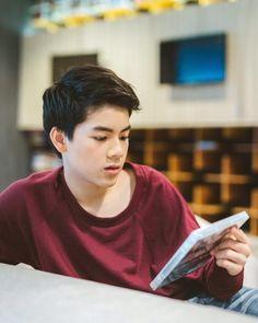 Cute Korean Boys, Cute Boys, Asian Hair, Tumblr Boys, Ulzzang Boy, Thailand, It Cast, Boyfriend, Handsome