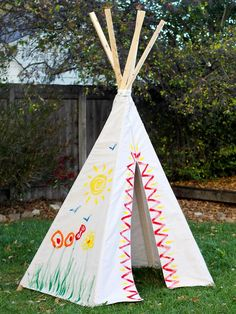 5 Ways to Reinvent Drop Cloth: How to Make a Drop Cloth Teepee >> http://www.diynetwork.com/decorating/5-easy-decor-projects-to-make-from-a-canvas-drop-cloth/pictures/index.html?soc=pinterest