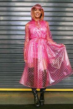 Raincoats For Women April Showers Pink Raincoat, Raincoat Jacket, Plastic Raincoat, Plastic Pants, Plastic Mac, Imper Pvc, Rain Fashion, Latex Fashion, Rain
