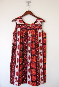 Vintage Hawaiian Printed Dress by Nauny on Etsy