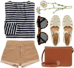 ALL of this is perfection! cute pocket on sailor striped shirt: check. high wasted beige shorts: check. vintage purse: already own AND double-check. :D