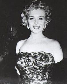 Don't bother to knock premier 1952.  #marilynmonroe