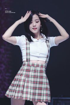 Blackpink Jisoo, Stage Outfits, Kpop Outfits, Korean Outfits, South Korean Girls, Korean Girl Groups, Black Pink ジス, Divas, Blackpink Members