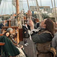 Don't worry, @caitrionabalfe and Duncan Lacroix,  the Cristabel's able deckhands will have you on your way to France in no time. #Outlander #BehindTheScenes