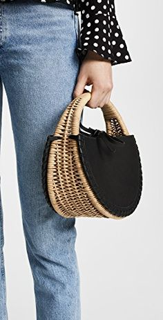 Best 12 One day; If everyone was happy the kids wouldn't cry they wouldn't hurt there would be wars – SkillOfKing. Sacs Design, Wooden Bag, Ethno Style, Macrame Bag, Basket Bag, Handmade Bags, Beautiful Bags, My Bags, Bag Making