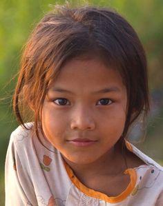 Girl-in-Cambodia.