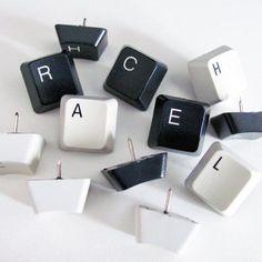 Tachinhas para murais com peças de teclado #diy #teclado #keyboard #reciclar #reaproveitar