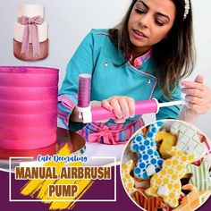 The ideal decorating tool for painting cakes.🎂 .The Hobbycor manual airbrush makes decorating cakes, cupcakes, cookies and other sweets fast and easy Best Cake Recipes, Dessert Recipes, Desserts, Beautiful Cakes, Amazing Cakes, Rose Frosting, Rugby Cake, Cake Albums, Decorator Frosting