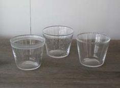 辻和美factory zoomer「アカリトガラス」ホリホリツブツブ花リブコユキギザギザ Kazumi, Shot Glass, Glasses, Tableware, Eyewear, Eyeglasses, Dinnerware, Tablewares, Eye Glasses