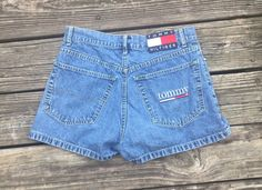 90's Tommy Hilfiger women's shorts size 7 by AtlantaTrifts on Etsy