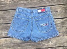 90's Tommy Hilfiger women's shorts size 7 by AtlantaTrifts on Etsy