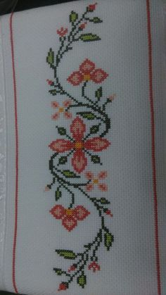 Embroidery on a handtowel༺✿༻ This post was discovered by Mu Barbara R. Cross Stitch Heart, Simple Cross Stitch, Cross Stitch Borders, Cross Stitch Flowers, Cross Stitch Designs, Cross Stitching, Cross Stitch Embroidery, Embroidery Patterns, Hand Embroidery