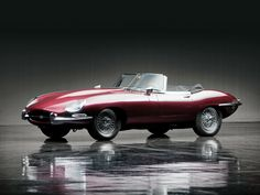 The convertible - JAGUAR E Type