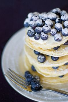{blueberry pancakes}