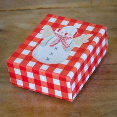 Winter babyshower luxury box  #mymastoras #luxury_box #invitation  #snowman #babyshower Babyshower, Snowman, Boxes, Container, Invitations, Luxury, Winter, Winter Time, Crates