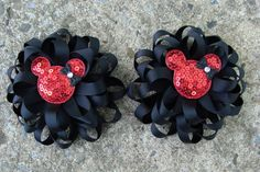 Hey, I found this really awesome Etsy listing at https://www.etsy.com/listing/128798540/minnie-mouse-hair-bows-loopy-hair-bows