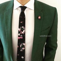 "3,026 Likes, 13 Comments - SuitedMan (@suited_man) on Instagram: ""Outfit details at SuitedManStyle.com   Suit by @hugo_sandiego   Accessories by SuitedMan.com  …"""