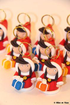 Personnages de Noël, Marque-places mères Noël est une création orginale de pate-et-tics sur DaWanda