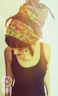 Love this wrap! Someone teach me how to do this with my locks!