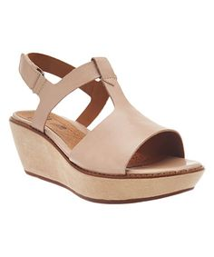 20182017 Sandals Clarks Womens Hazelle Amore Wedge Sandal Factory Outlet