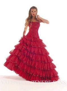 Resultado de imagen para valentina zenere con vestidos